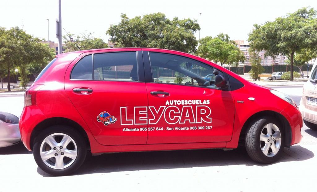 Leycar-Rojo-Vehiculo